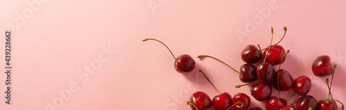 Foto Cherry Fresh and Ripe Berries