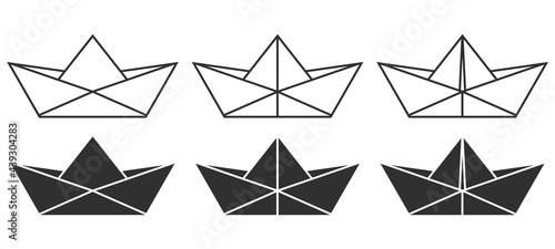 Obraz na płótnie Set of folded paper boat icon. Vector illustration.