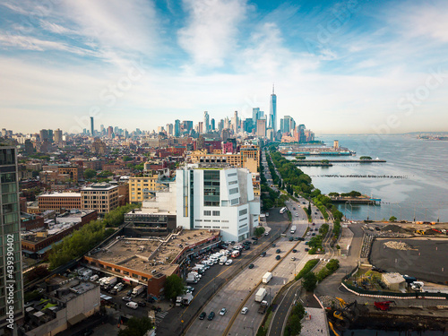 Manhattan and New York skyline by the Hudson river aerial view Fototapet