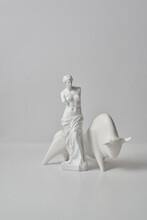 Statue Of Venus De Milo With Bull