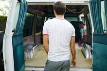 Van Set Up