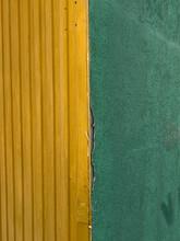 Green-yellow Corner