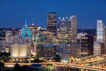 Cityscape Of Pittsburgh And Evening Light. Fort Pitt Bridge