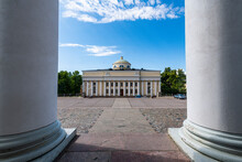 Finland, Helsinki, Empty Senate Square With Helsinki Cathedral In Background
