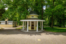 The Pavilion Of The Prusik Mineral Spring In The Park Next To The Spa House In The Small Czech Spa Town Of Konstantinovy Lázně - Czech Republic