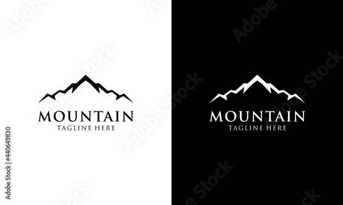 Fotografiet Mountain Hand Drawn Logo Template
