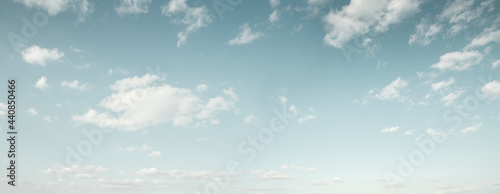 Obraz na plátne Beautiful blue sky with white clouds