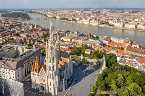 Fotografiet Matthias Church with Fisherman Bastion at Budapest from drone view