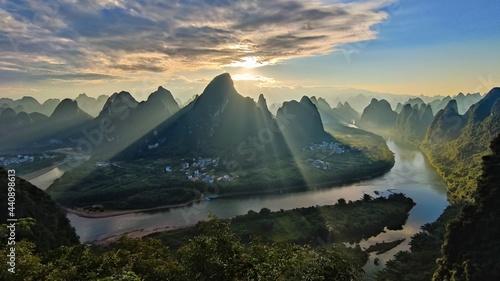 Fotografie, Obraz sunrise in the mountains, Xianggong mountain, Yangshuo, Guilin, China