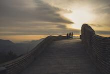 Puesta De Sol En La Muralla China