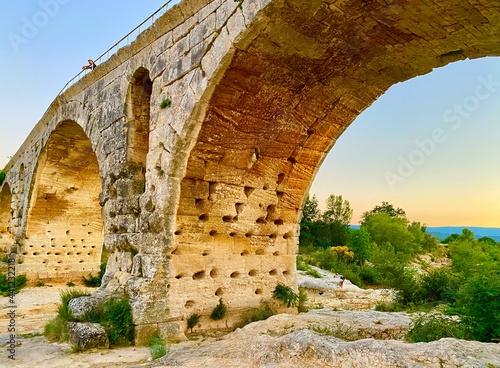 Tela old roman arch bridge in luberon