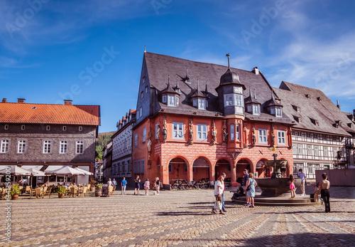 Tableau sur Toile Rathaus mit Marktplatz von Goslar im Harz
