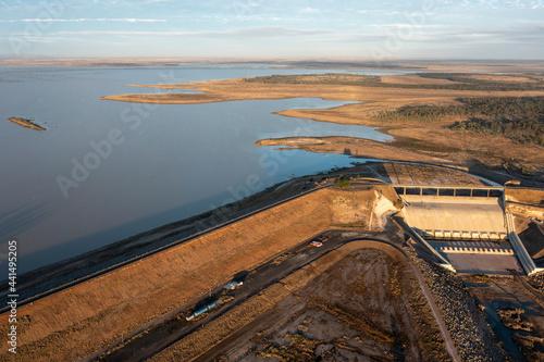 Billede på lærred Lake Maraboon and Fairbairn dam in central Queensland, Australia