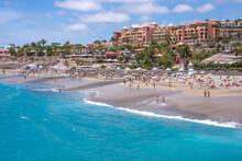 Playa Del Duque En La Costa De Adeje En El Sur De La Isla De Tenerife, Canarias