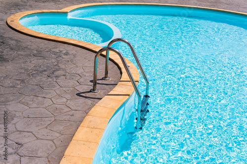 Photo Stairs In Swimming Pool Minimalist
