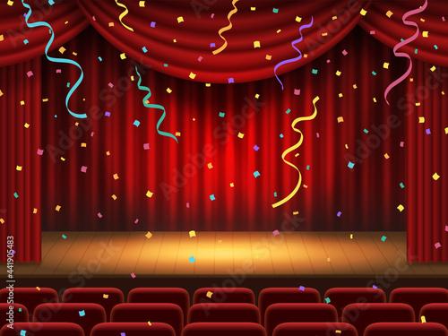 紙吹雪が舞う赤色の幕の舞台 Fotobehang