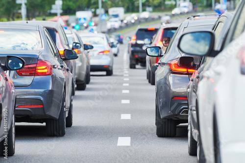Obraz na plátně traffic jam in a city street road