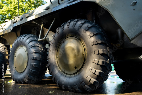 Tela Close-up of the large wheels of a combat vehicle.Military concept