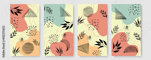 Fotografía Set of universal hand drawn floral template for cover