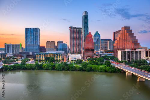 Billede på lærred Austin, Texas, USA downtown city skyline on the Colorado River