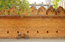 Bicycle Parking Near Tha Phae Gate Or Tha Pae Gate Is Historical Famous Landmarks ( Ancient Brick Wall ) In Chiang Mai Thailand - Ancient Wall Travel And Culture