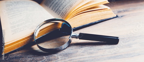 Photographie search information in the book