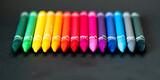 Fototapeta Rainbow - Kolorowe kredki na czarnym tle
