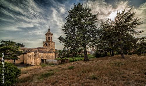 Canvas-taulu Iglesia del crucifijo de Puente la Reina Navarra España .