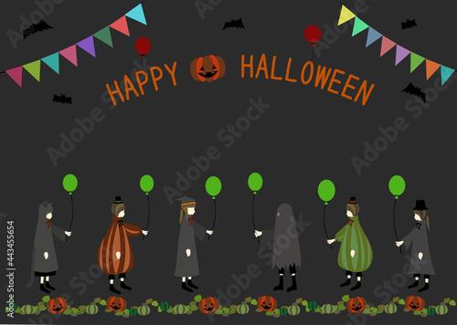 Tablou Canvas かわいいハロウィン仮装の子供たちとロゴ、ジャックオーランタンのフレーム(コピースペースあり)