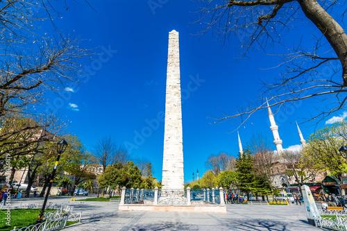 Billede på lærred The Knitted or Walled Obelisk view at Sultanahmet District in Istanbul