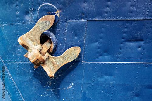 Metallic anchor of a ship Fototapete