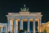 Fototapeta Sawanna - Berlin bei Nacht