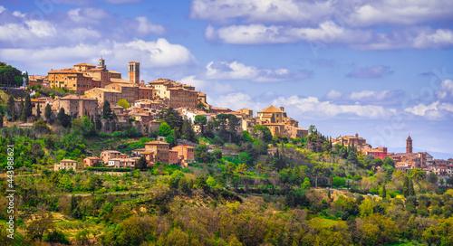 Billede på lærred Montepulciano skyline village. Siena, Tuscany Italy