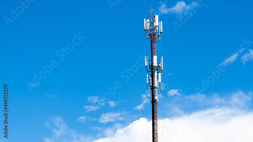 Fotografering telecommunication tower with antennas