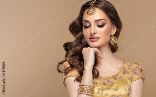 Portrait of beautiful indian girl Fototapeta