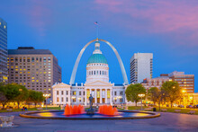 Downtown St. Louis City Skyline, Cityscape Of Missouri In USA
