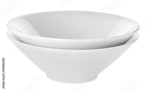 Billede på lærred Empty clean ceramic bowls isolated on white