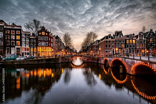 Canvas-taulu Amsterdam, Netherlands Bridges and Canals
