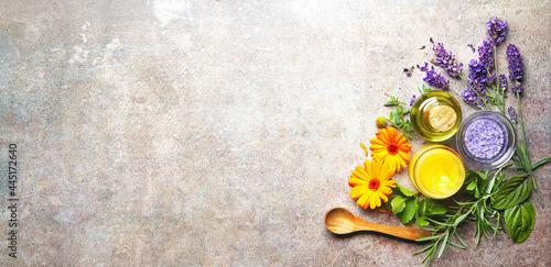 Obraz na plátně Homemade natural cosmetics organic beauty products