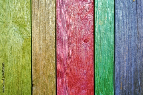 Kolorowe stare deski z ogrodzenia gospodarstwa