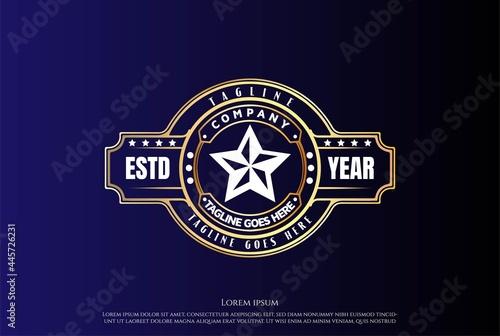 Vintage Golden Star for Fight Champion Belt Logo Design Vector Fototapet