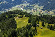 Blick Ins Tal Von Matrei, Österreich
