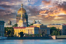 Panorama Of Saint Petersburg. Sights Of Russia. Isaac's Cathedral. Admiralty On Summer Day. Neva Petersburg. Dome Of Isaac's Cathedral On Background Sky. Sunset In Saint Petersburg. Russia On Summer