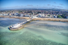 Worthing Pier Aerial Photo Which Shows The Art Deco Architecture Of The Tea Rooms At The End Of The Pier.