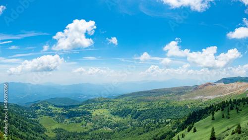 Fotografie, Obraz 夏の渋峠から見る芳ヶ平湿原と群馬の山々(2021年7月)