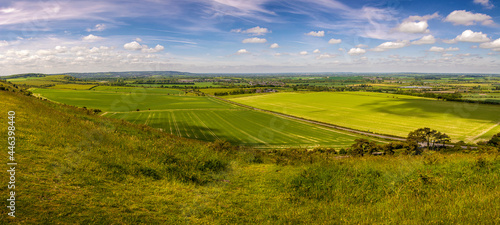 Valokuva Lovely panoramic view seen from Ivinghoe beacon hilltop in early summer - Nature