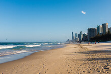 Kitesurfers And Tourists Enjoying A Windy Afternoon On The Gold Coast