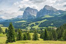 Scenics Alps Landscape With Mountain Peaks