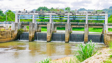Medium-sized Dam In Rural Thailand. Small Dams Block Canals In Rural Areas. Dam In Irrigation System