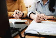 Focus At Consultants Are Pressing Calculators To Calculate The Profits They Would Receive From Joint Ventures With Business Owners. You Can Read About Joint Venture Contracts With Partners Company.